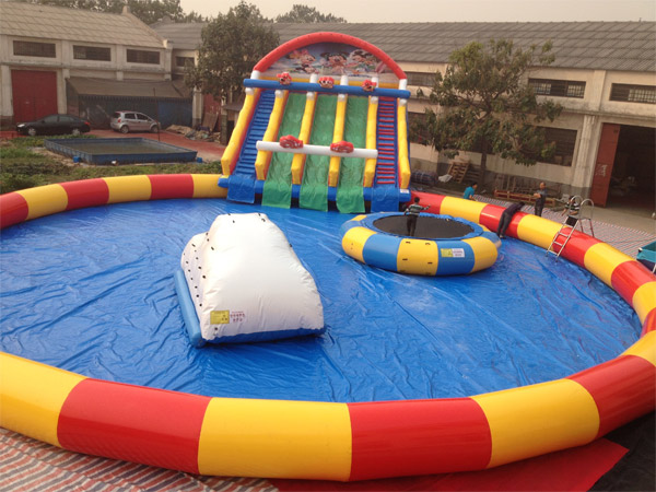 inflatable amusement playground park